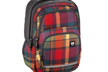 Máme doma školáka: Jak správně vybrat batoh? A není lepší aktovka?