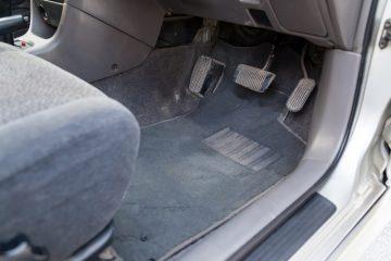 Gumové koberce do auta ušetří čas i vaše nervy