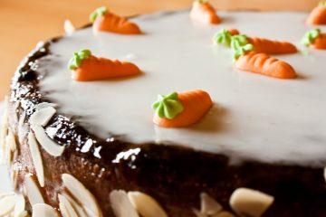 Připravte si doma chutný hrnkový mrkvový koláč