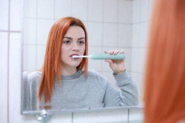 Části dentální hygieny, na které byste rozhodně neměly zapomínat