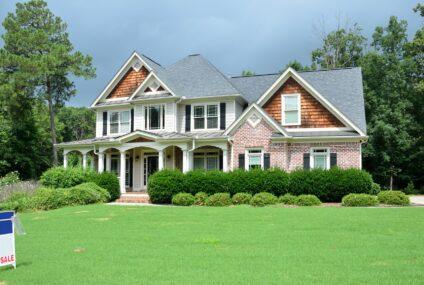 Jak nejvýhodněji prodat dům, když ceny rostou